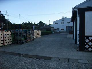 三岳酒造 事務所から旧工場を臨む