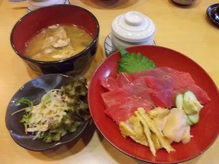 鉄丼(魯くら)