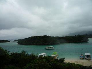 雨の川平湾